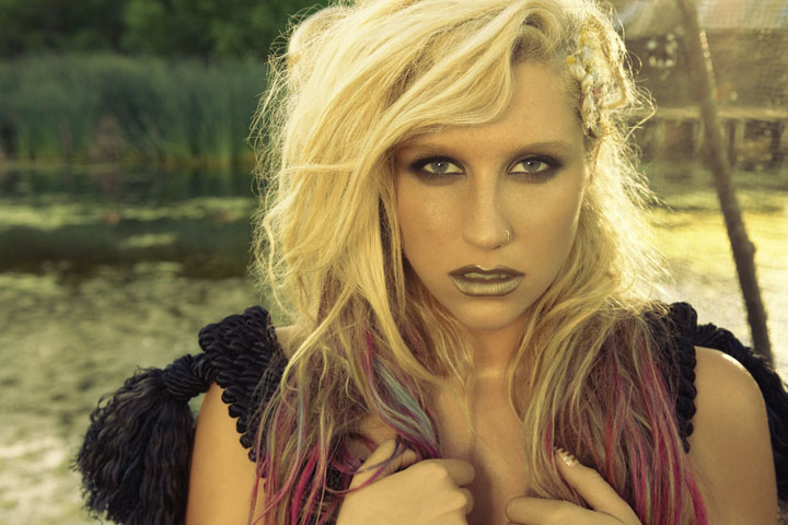 Ke$ha-photo-credit-Yu-Tsai